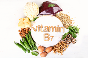 Vitamin B7 foods such as green peas, eggs, cheese